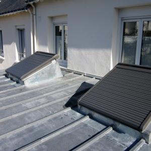 Volet solaire sur costière zinc